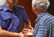 Perugia, truffa un anziano fingendo che lui l'ha urtata con l'auto e le ha rotto un prezioso orologio