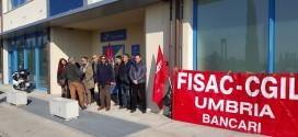 Solidarietà al dipendente di Equitalia licenziato