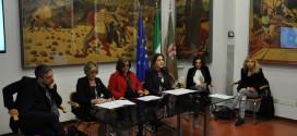 """""""Una sciarpa per ritornare a vivere"""": nasce in Umbria un'impresa solidale all'insegna dell'eleganza per curare bulimia e anoressia"""