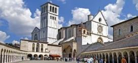 Stop al traffico indisciplinato nel centro storico di Assisi