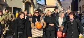 """Il Commissario europeo Creţu in visita a Norcia: """"Faremo la nostra parte nell'opera di ricostruzione della città e della basilica di San Benedetto"""""""