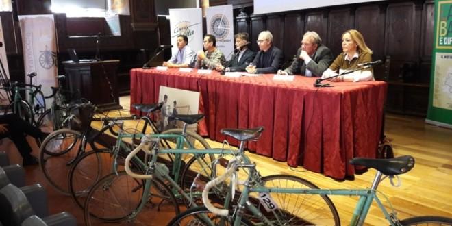 """Al """"Cavour-Marconi-Pascal"""" di Perugia gli studenti imparano a restaurare bici d'epoca"""
