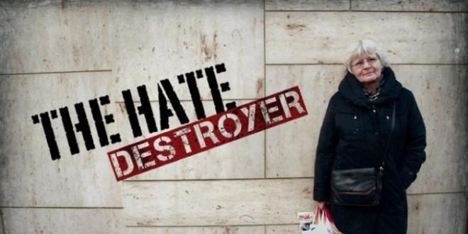 """A Perugia la """"distruttrice d'odio"""" famosa in tutto il mondo"""