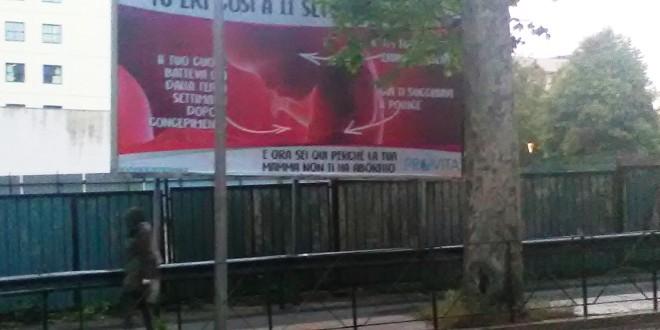 Manifesto contro l'aborto in via Angeloni