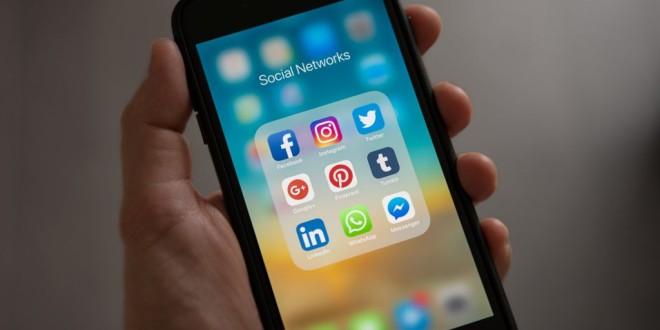 I social network della tua azienda? Gestiscili dal tuo smartphone in mobilità